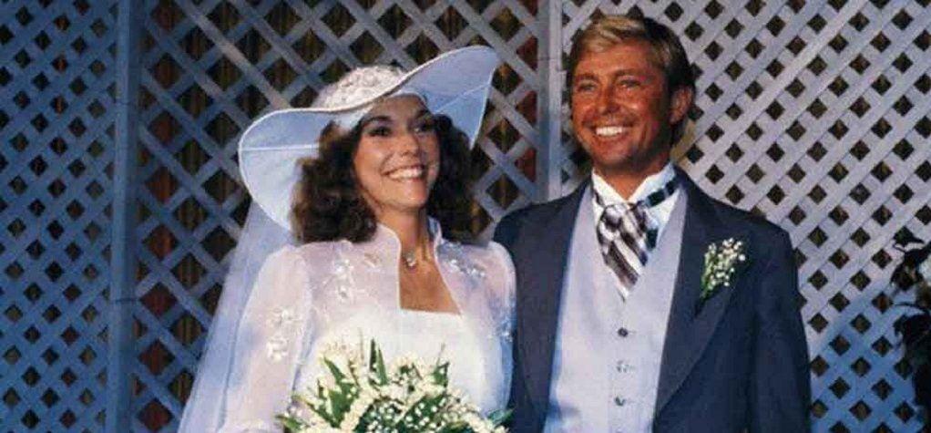 Thomas James Burris ikä, vaimo, ura, Karen Carpenter, väärinkäyttäytyminen