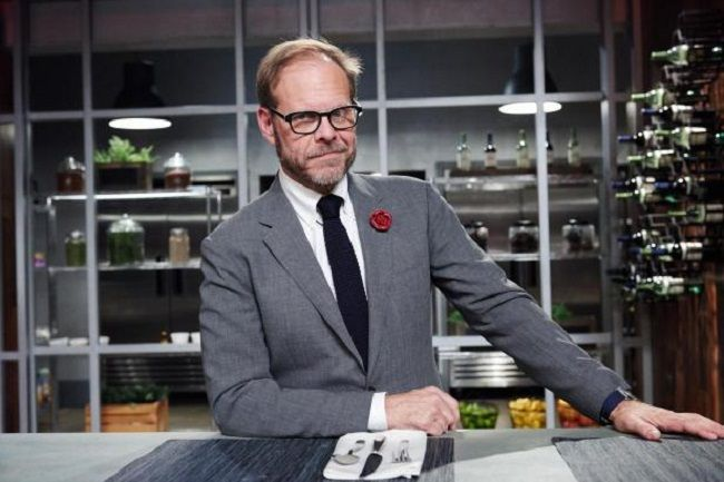 Alton Brown (American TV Personality) Bio, Wiki, Net Worth, Καριέρα, Σχέση